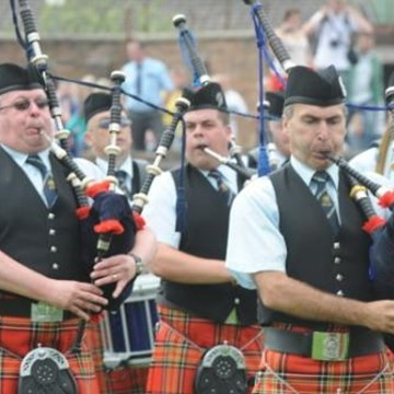 Shotts Pipers